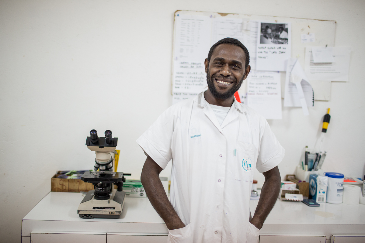 Perry_Louis_a_lab_assistant_at_the_Norsup_Hospital_Malekula_Island_Vanuatu._10713036433